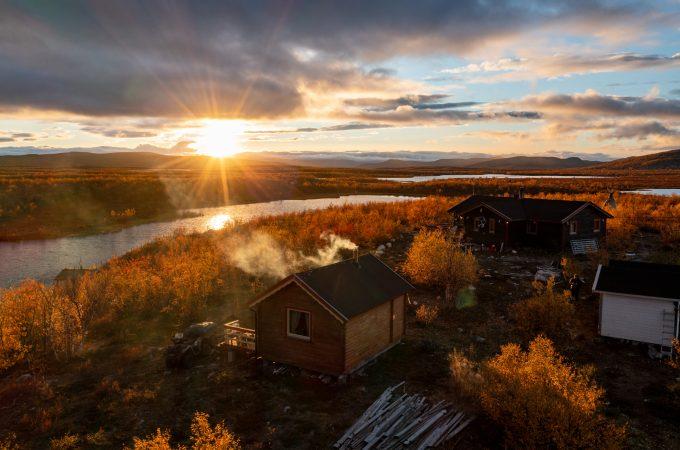 http://reisanasjonalpark.no/wp-content/uploads/reisa-raisjavri-nilut-hytte-montevideo-680x450.jpg